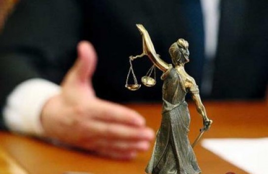 Премьер: Оценочная комиссия проанализирует работу каждого судьи за последние два года