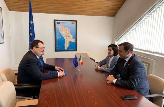 Евгений Собор: «Хватит Молдове солистов, поющих фальцетом!»