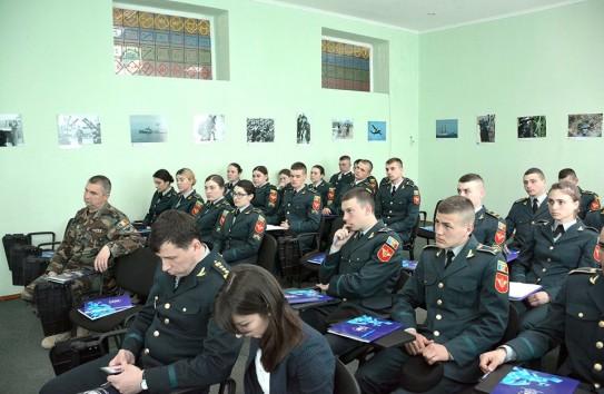 Прочистка мозгов в Молдове