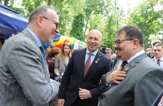Настоящая причина политического кризиса в Молдове