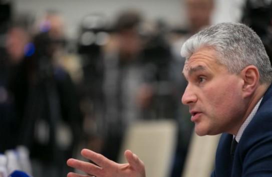 Слусарь о комиссии по узурпации власти: Практически не работает